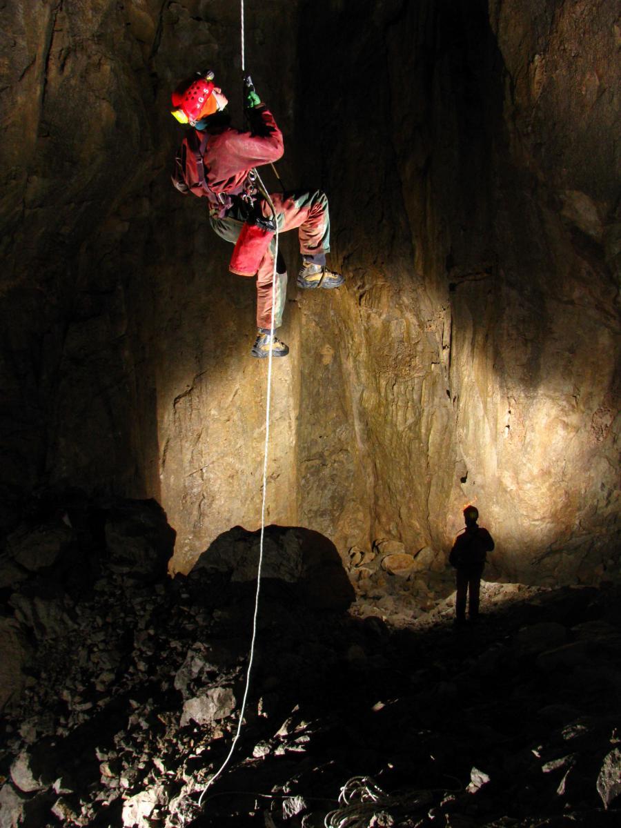 Grignone - Speleologi al lavoro