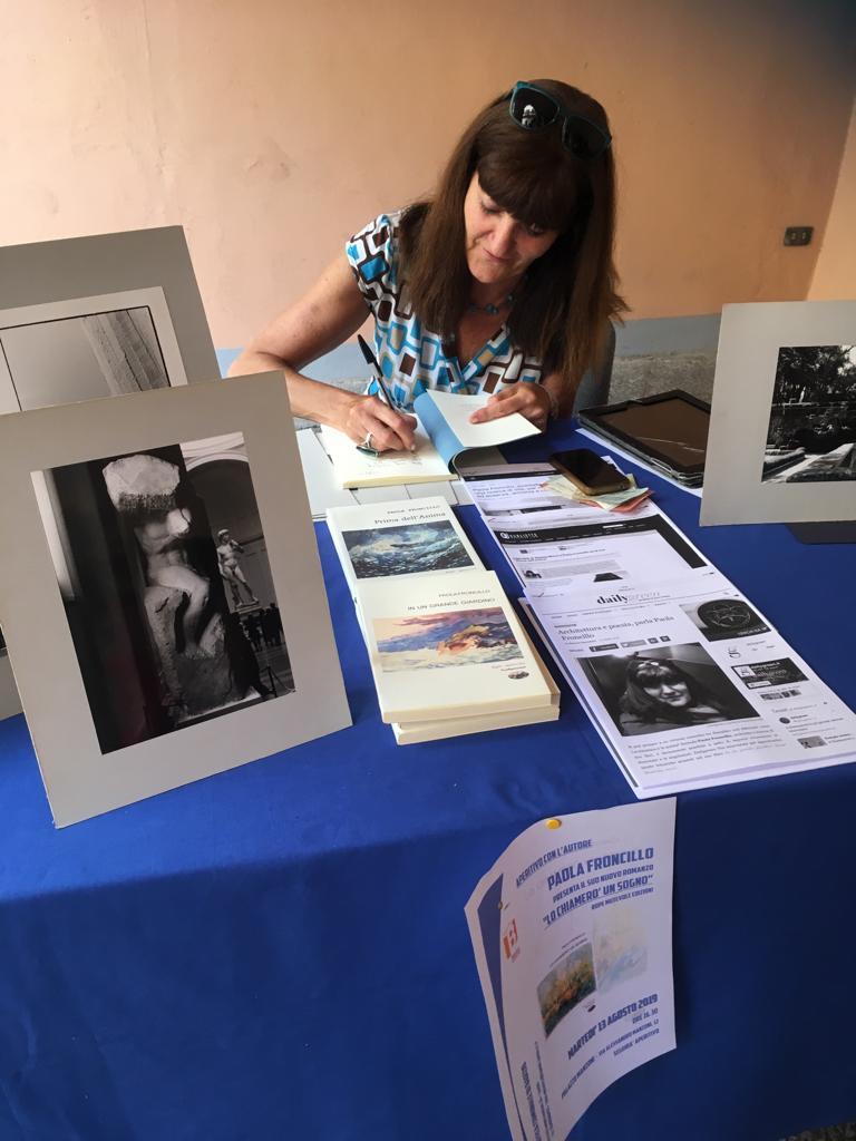 Incontro con l'autore - Paola Froncillo